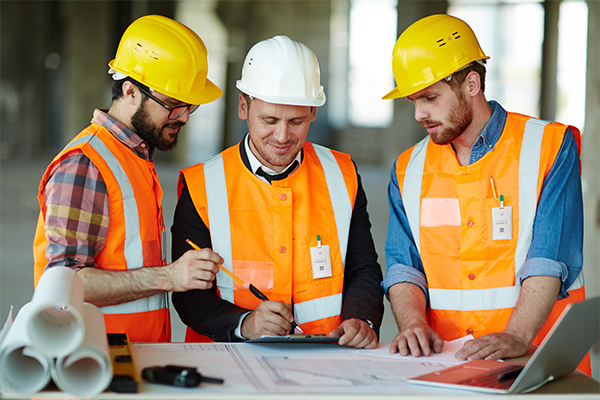 Keeping construction safe through contact tracing cards